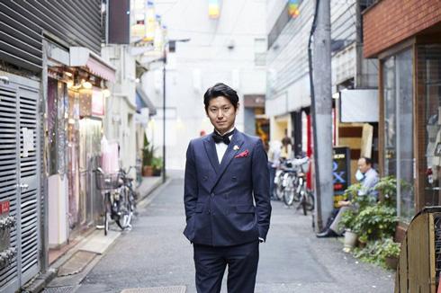 ホスト書店員が働く「歌舞伎町ブックセンター」クラウドファンディング