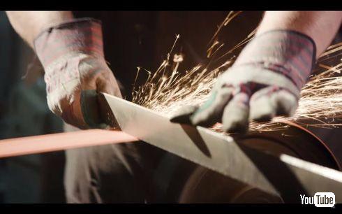進撃の巨人「スナップブレード」を米国の鍛冶職人が再現