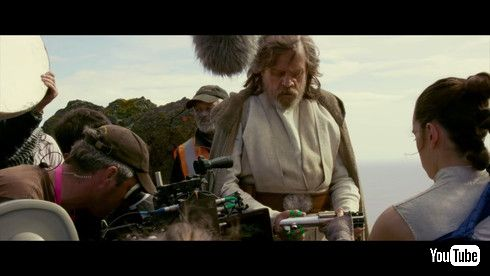 「スター・ウォーズ/最後のジェダイ」でルークを演じるマーク・ハミル