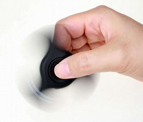 ハンドスピナー型USBハブ