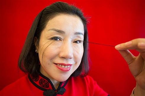 特殊メークのような迫力 「世界一長いまつ毛」でギネス記録に