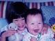 チビ水原姉妹かわいいぃ! 水原希子、妹・佑果との幼少期写真に「小さいときから完成形」の声