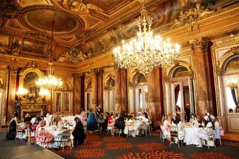 パリ ロリータ お茶会