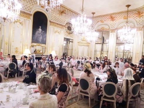 2017年パリ、ロリータたちのお茶会