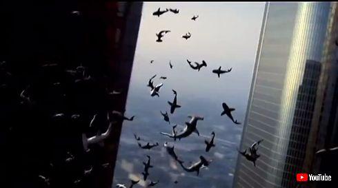 Twitterで10億人を襲った怪物映画「シャークネード」を一挙に振り返る