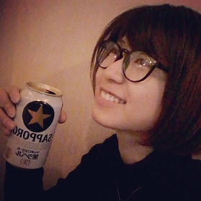 天野麻菜 ビール女子。 1500日