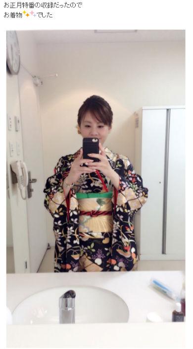 高橋真麻 振り袖 着物 自撮り 正月 ブログ