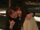 橋本環奈、石川恋の肩に腕を回して「にやり」 美女2人の密着ショットにファン興奮