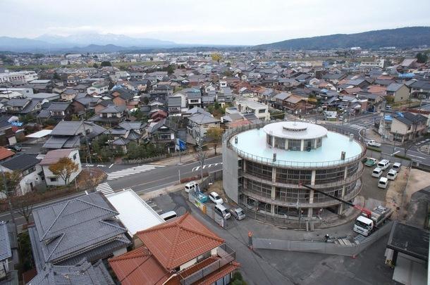 鳥取県、日本最古の円形校舎をフィギュア博物館に 海洋堂、米子ガイナックス協力のクラウドファン ...