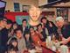 「仮面ライダードライブ」忘年会! インフル欠席の竹内涼真、怨念として集合写真に写り込む