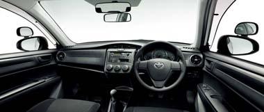 トヨタ教習車の内装