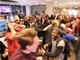 Switch版「スマブラ」が発表された瞬間の熱狂 海外ファン「ウェイッ…(待って…)」「カモン……ッッ!」………「WoooOOOOO!!!!!」