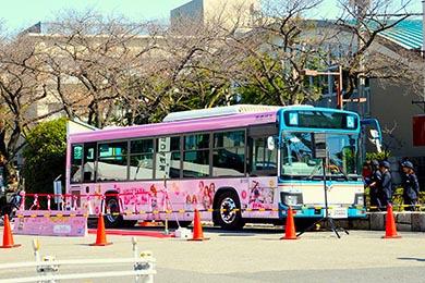 京成バス「リカちゃんラッピングバス」