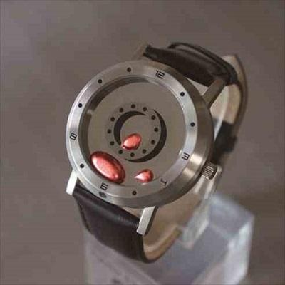 ターミネーター感ハンパない 液体金属がぬるぬる動く腕時計 ...