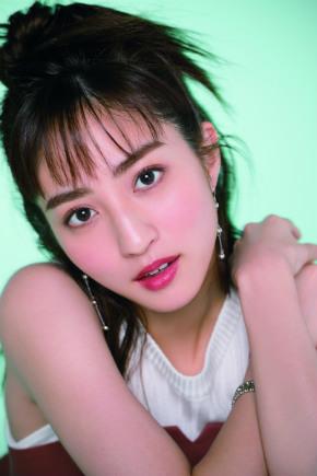 堀田茜 太眉 モデル 女優 CanCam 美顔 小学館 前髪