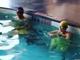 「こんなに泳げるのにビックリ」 平愛梨と長友佑都の水泳対決に驚きの声