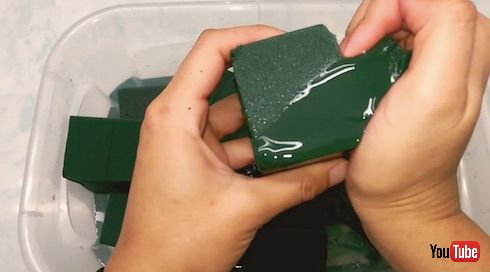 緑のスポンジ2枚目