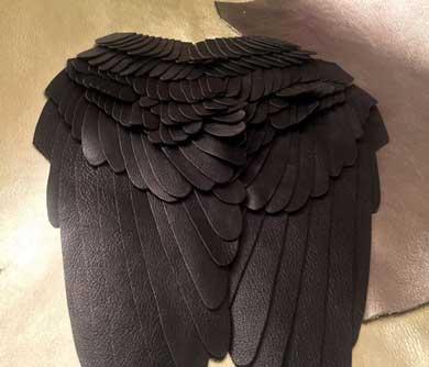 翼のレザーリュック 羽根 KRUKRUSTUDIO ハンドメイド