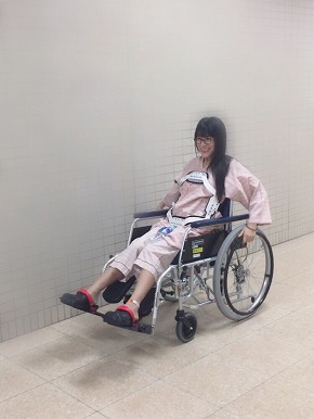 猪狩ともか 脊髄損傷 復帰 現在 麻痺 事故 ブログ 仮面女子