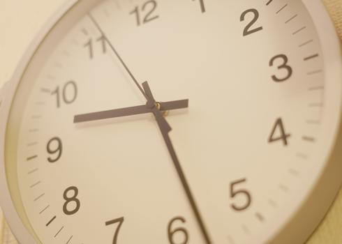 時計を見た瞬間、秒針が止まったように見える「クロノスタシス(Chronostasis)」