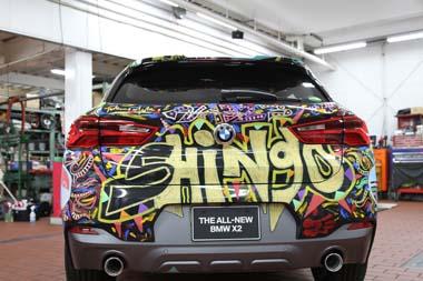 香取慎吾 BMW X2 SUV 六本木 アート