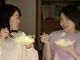 """二人とも幸せそう! イモトアヤコ、""""親友""""役で竹内結子とCM初共演"""