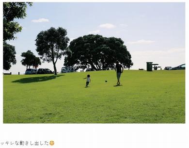 水嶋ヒロ 娘 サッカー 仮面ライダー メッシ クリスティアーノ・ロナウド