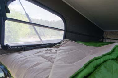 ロフトベッド(NV300 Camper)
