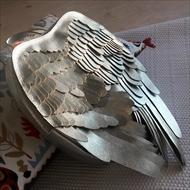 翼のレザーリュック