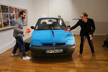 ピザ 魔改造 自動車 フォード 窯