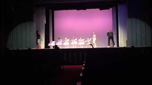 バレエ 発表会 女の子 パパ お父さん 一緒 踊る