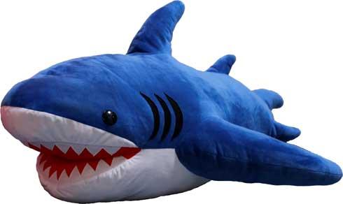 サメの抱き枕 ヴィレッジヴァンガード