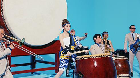 白石麻衣 さらし 法被 和太鼓 氷結 東京スカパラダイスオーケストラ