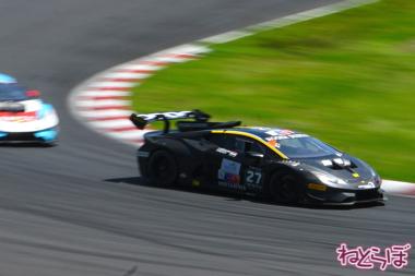 ランボルギーニ スーパートロフェオ モータースポーツ 鈴鹿サーキット