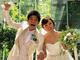 吉木りさ&和田正人夫婦、披露宴を開催 白いウエディングドレスとタキシード姿で手を取り合い満面の笑み