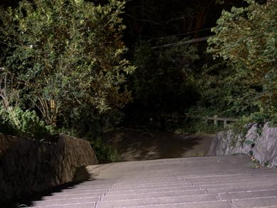 心霊 写真 タクシー 三和交通 階段