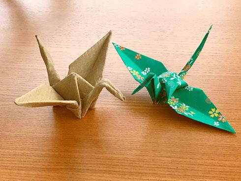 段ボール折り鶴
