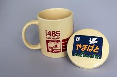 新宿駅 ヴィレヴァン ヴィレッジヴァンガード マグカップ