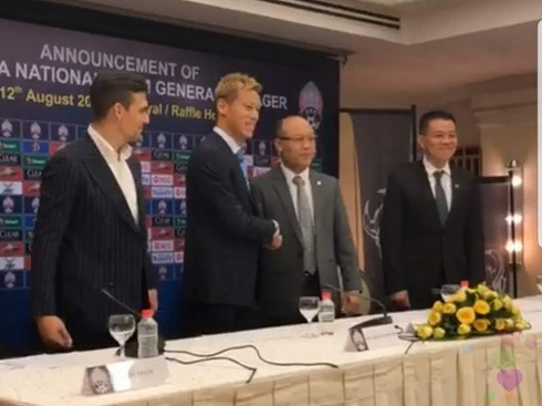 本田圭佑カンボジア代表監督就任