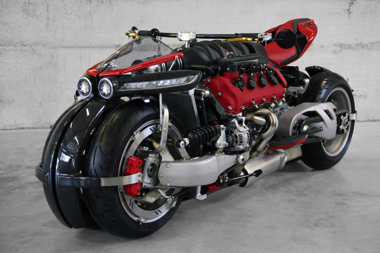 ラザレス LM847 バイク 四輪 マセラティ