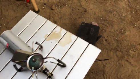 肉 キャンプ 地面 落とす 除草剤