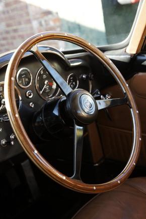 ボンドカー「DB5」