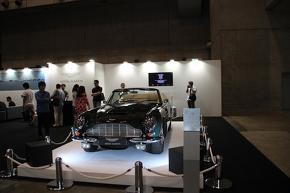アストンマーティン DB5 ボンドカー