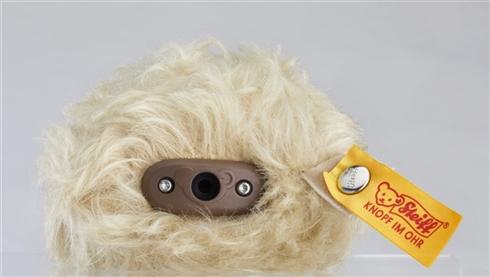 もっふもふのヘッドホンが誕生!テディベアメーカー「シュタイフ」製モヘアに包まれたヘッドフォンが発売