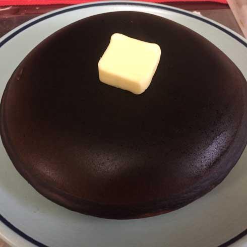 フライパン ホットケーキ ダークマター 黒い ザッハトルテ