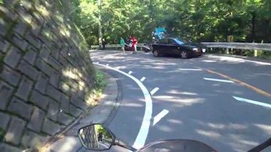 道志みち ライダー 良い話 交通整理 バイク