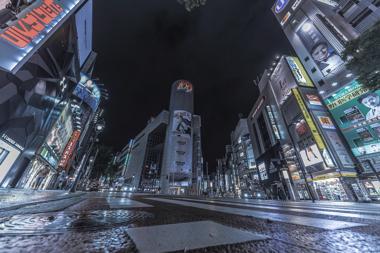街から人が消えた日 新宿駅 写真 おる汰