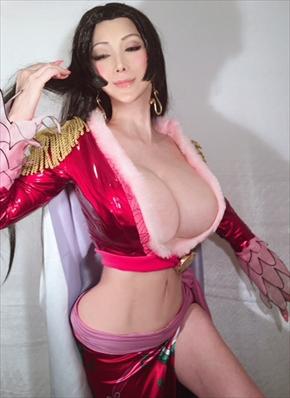 叶美香 コスプレ 叶姉妹 ハンコック ONE PIECE ワンピース スリーサイズ 写真集