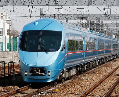 小田原線・江ノ島線の両系統、さらに東京メトロやJR東海への直通運転でも活躍中