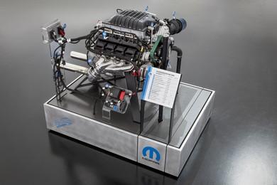 1000馬力のHEMIエンジンを搭載